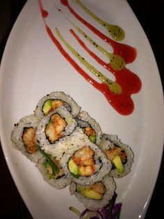 Louisiana Roll (crawfish and avocado) with strawberry and kiwi sauce - Akashi Sushi - Kingwood, TX