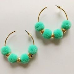 NEW FASHION GOLD PLATED HAIR BULB POM POM HOOP EARRINGS HAVANA POM POM EARRINGS