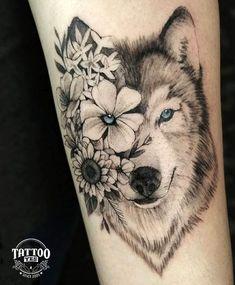 Tatuagem feita por Eduardo (Instagram @duinked) Tradicional estúdio de tatuagem e piercing de São Paulo, consolidado e experiente no mercado desde 2005, o Tattoo Yes é um dos principais estúdios profissionais de São Paulo. Todos nossos trabalhos são personalizados e exclusivos. Vem pro Tattoo Yes. Tattoo Femeninos, Wolf Tattoo Sleeve, Tribal Sleeve Tattoos, Best Sleeve Tattoos, Cover Tattoo, Dog Tattoos, Animal Tattoos, Cute Tattoos, Body Art Tattoos