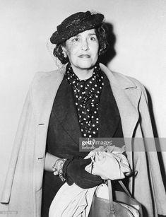 Senora Victoria Ocampo, outstanding Argentine literary figure, as she. Victoria Ocampo, Writers, Villa, American, Digital Prints, High Resolution Picture, Feminism, Documentaries, Authors