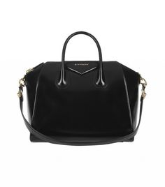 a3691cdbbf82 Givenchy Medium Antigona Bag in Black Leather Calf Leather