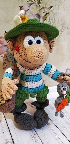 PDF Охотник Гриша крючком. FREE crochet pattern; Аmigurumi doll patterns. Амигуруми схемы и описания на русском. Вязаные игрушки и поделки своими руками #amimore - Кукла, охотник, куколка, doll puppet, muñeca boneca, poupée, puppe, panenka, bebek, lalka. Amigurumi doll pattern free; amigurumi patterns; amigurumi crochet; amigurumi crochet patterns; amigurumi patterns free; amigurumi today.
