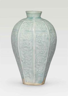 A rare molded Qingbai octagonal vase, meiping, Southern Song-Yuan Dynasty (1127-1368)