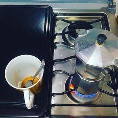 > #Jaraguenses disfrutan de #café directo de las lomas del pueblo solicita tu paquete por nuestras redes. https://www.instagram.com/p/_7qg-3GOjF/