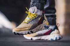 "Get the Nike React Sertu ""Multicolor"" on sale for only $120 (Retail $150) here now!  #KicksLinks #Sneakers #Nike #Deal Jordans Sneakers, Air Jordans, Huaraches, Nike Huarache, Kicks, Retail, Shoes, Fashion, Moda"