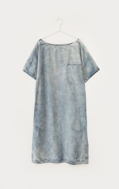 Denim Dress dots in the rain wedding dresses 2012 Yohji Yamamoto, Chambray, Look Fashion, Womens Fashion, Magnolia Pearl, Look Chic, My Wardrobe, Spring Summer Fashion, Beautiful Outfits