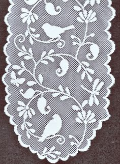 Doilies Holly Bells 12 R Ivory Set Of (2) Oxford House - Elegance of Lace Boutique