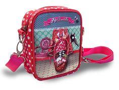 Petit sac bandoulière pour fille. Modèle fantaisie Chaperon rouge créé par Fifi Bastille.