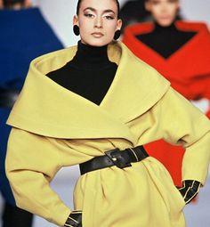 1987...Paris Fashion Week  http://glo.msn.com/beauty/glo-back-1987-7860.gallery?photoId=86208