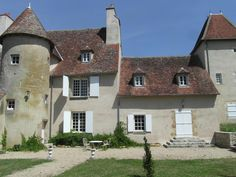 Villa, French Architecture, Palaces, France, Mansions, House Styles, Photos, Home, Comment