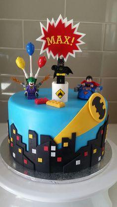 Lego batman cake Lego Superhero Cake, Lego Batman Cakes, Batman Birthday Cakes, Lego Batman Party, Lego Cake, Kids Birthday Themes, Superhero Birthday Party, 5th Birthday, Thomas Cakes
