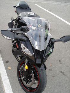 black 2011 zx10r
