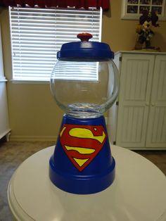 Superman Candy Jar…can make batman too Clay Pot Projects, Clay Pot Crafts, Diy Clay, Jar Crafts, Cute Crafts, Flower Pot Art, Flower Pot Crafts, Flower Pots, Candy Jars