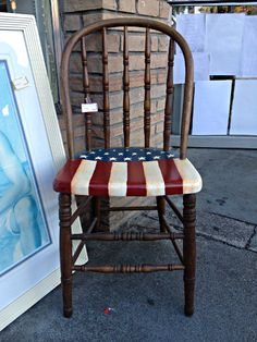 jpg - We are living in AMERIKA - Chair Design Hand Painted Chairs, Hand Painted Furniture, Refurbished Furniture, Paint Furniture, Repurposed Furniture, Furniture Projects, Furniture Makeover, Craft Projects, Refinished Chairs