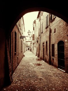 Via Delle Volte. Ferrara by Marina Usmanskaya   #MarinausmanskayaFineArtPhotography, Art for home, Home design, Fine Art prints, Ferrara, Italy