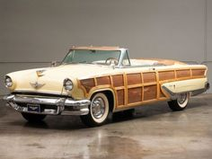 1955 Lincoln Capri Beige Woody Convertible.