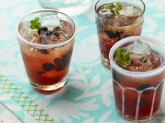 Just five simple ingredients make an Earl Grey tea and Blueberry Spritzer: a sophisticated and beautiful summer drink. The iced tea and simple syrup can be made ahead and refrigerated for up to a week. Keep them on hand, then just pop open a bottle of sparkling wine and mix the drinks when guests arrive.