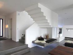 Interieur - Engelshove Bauhaus, Bungalow, Stairs, Website, Home Decor, Projects, Houses, Building Ideas, Simple Elegance
