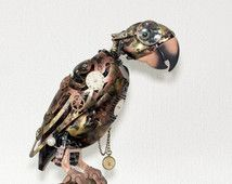 Steampunk parrot (speaks Dutch) without goggles - works for 80%