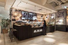 Joe and the Juice Cafe Interior Design, Cafe Design, Interior Architecture, Juice Bar Interior, Coffee Shop Bar, Coffee Shops, Joe And The Juice, Juice Bar Design, Juice Store