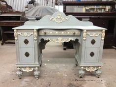 Equal mix of French linen and Louis blue Chalk Paint with old white accents. by lois