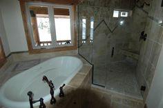 Corner Bathtub, Homes, Bathroom, Washroom, Houses, Full Bath, Home, Bath, Bathrooms