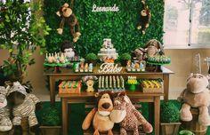 Chá de Bebê Safari: Surpreenda-se Com Essas Ideias de Decoração Jungle Book Party, Jungle Theme Birthday, Safari Party, Baby Showe Ideas, Shower Ideas, Baby Party, First Birthdays, Projects To Try, Baby Shower