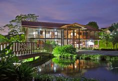 Hotel Montaña de Fuego is located in the beautiful La Fortuna de San Carlos, in the northern plains. It has 66 rooms with private terraces, all facing...