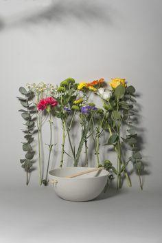www.simonenkophotography.nl Photographer Olga Simonenko. Designs and produces Inge Simonis. Dutch ceramic design. Styling Joukje Wille