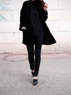 velvet blazer // all black