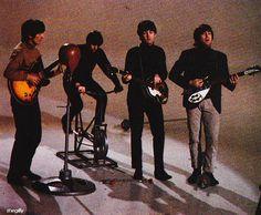 Promo video for I Feel Fine. Filmed at Twickenham Film Studios on 23 November 1965