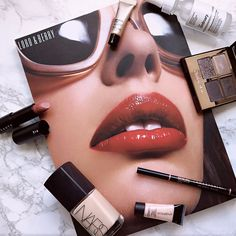 Just a few of my favourite things....... x  #beauty #luxury #bloggerlife #makeuplife #photoshoot #haul #favourite #makeupinsta #makeupinspo #dailyinspiration #naturalbeauty #naturallook #reviews #rideordie #style #runway #makeuplife #photoshoot #fashionblogger