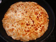 Τηγανόπιτα με ποντιακό φύλλο (ξηραμένο στο φούρνο) Pizza, Cheese, Greek, Food, Recipes, Essen, Meals, Greece, Eten