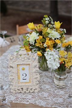 Le Magnifique: Country Chic Wedding by Kimberly Carlson Photography. Love the lace and burlap on the tables, that's exactly what we're doing! Chic Wedding, Trendy Wedding, Wedding Table, Fall Wedding, Rustic Wedding, Our Wedding, Dream Wedding, Wedding Country, Country Weddings