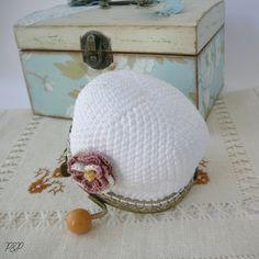 Joyas de Frivolité (tatting), artesanía en cuero, macramé, kumihimo, crochet Crochet Wallet, Crochet Coin Purse, Crochet Hats, Crochet Videos, Crafts, Inspiration, Internet, Mary, Blog