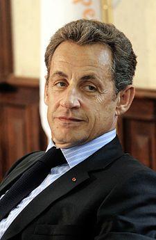 Francia, convalidato il fermo Sarkozy: accuse per corruzione e traffico di influenze