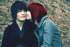 Shared by Mona Sade☆. Find images and videos about girl, love and cute on We Heart It - the app to get lost in what you love. Scene Couples, Emo Couples, Emo Love, Cute Emo, I Have A Boyfriend, Emo Scene, Lovey Dovey, Her Hair, Love Story
