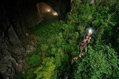 Vietnam : À la découverte de la plus grande grotte du monde