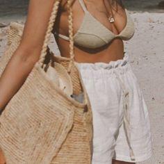 Summer Fashion Tips .Summer Fashion Tips Beach Aesthetic, Summer Aesthetic, Paris Outfits, Summer Outfits, Vacation Outfits, Mein Style, European Summer, Summer Feeling, Summer Vibes