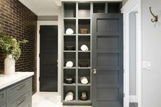 Don& let clutter and disorganization take over your bathroom. Check out these bathroom storage ideas that combine functionality with high-end style. Crate Storage, Built In Storage, Tall Cabinet Storage, Storage Ideas, Smart Storage, Reclaimed Vintage, Tidy Room, Bath Shelf, Simple Bathroom