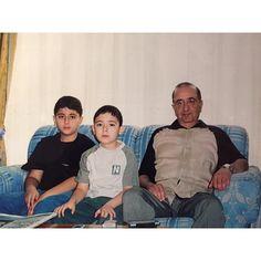 Mohammed y Zayed bin Maktoum bin Rashid Al Maktoum con su padre, Maktoum bin Rashid bin Saeed Al Maktoum. Vía: mohammedbinmaktoum