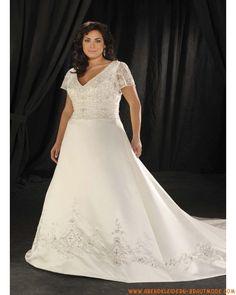 Klassische Große Brautkleider mit Ärmel aus Satin mit Applikation