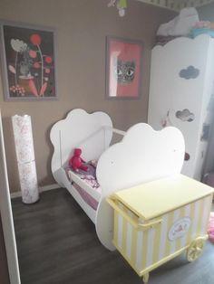 Le lit bébé Altéa blanc transformé en lit banquette, accompagné de son armoire bébé Altéa blanche !