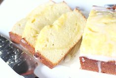 Super soft and sweet with a little tart, lemon tart pound cake. Recipes Using Lemon Curd, Recipe Using Lemons, Lemon Desserts, Easy Desserts, Delicious Desserts, Loaf Cake, Pound Cake, Very Hungry, How To Make Cake
