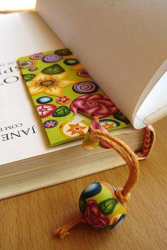 Marcador de livros / bookmarker by Sonho com Arte, via Flickr