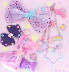 Some kawaii hairbows Harajuku Fashion, Kawaii Fashion, Lolita Fashion, Cute Fashion, Harajuku Style, Melanie Martinez Style, Kawai Japan, Mode Lolita, Mode Kawaii