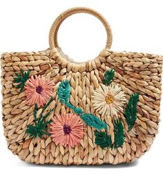 Obsesed with this Topshop Floral Embroidered Straw Tote Bag! Embroidery Bags, Small Crossbody Purse, Straw Tote, Nordstrom, Basket Bag, Bead Crochet, Luxury Handbags, Tote Handbags, Fashion Bags