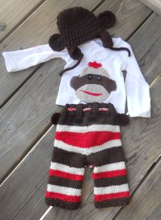 Sock Monkey set. Holy this is cute.