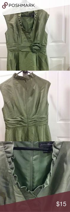 Sage Green Dress Fully lined Jessica Howard Sage Green dress. Small slit in back,  Rosette on waist,  nylon/polyester.  Pictures do not do it justice! Jessica Howard Dresses