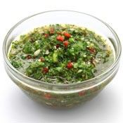 How to Make Argentinian Chimichurri Sauce. Chimichurri sauce is a spicy sauce of a very watery consistency. There are many different recipes for chimichurri, but the key ingredients are. Chutney, Salsa Bechamel Recetas, Clean Eating, Healthy Eating, Eat Smart, Grilled Meat, Grilled Veggies, Salsa Verde, Barbacoa
